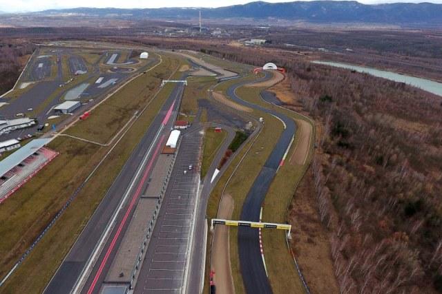 Autodrom Most, oprava povrchu dráhy